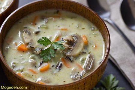 سوپ قارچ قرمز