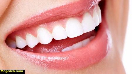 چه چیزی باعث سفیدی دندان میشود