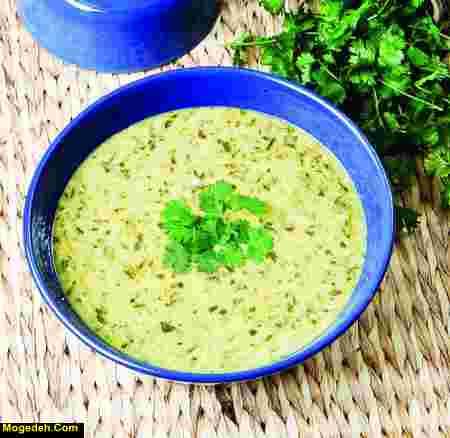 سوپ کرفس و قارچ