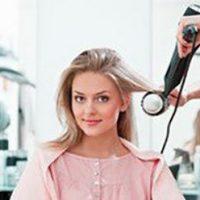 مضرات استفاده از سشوار برای مو | باید و نبایدهای استفاده از سشوار