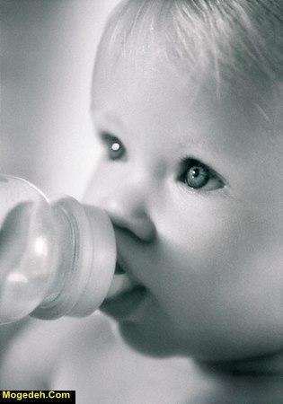 دادن آب قند به نوزاد