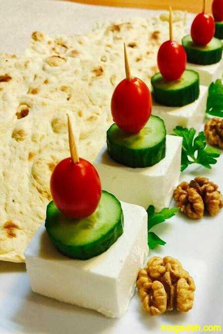تزیین نون پنیر سبزی سفره نذری