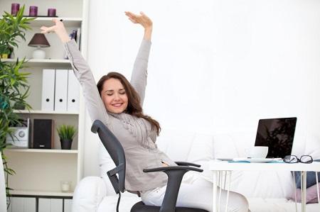ورزش شکم روی صندلی