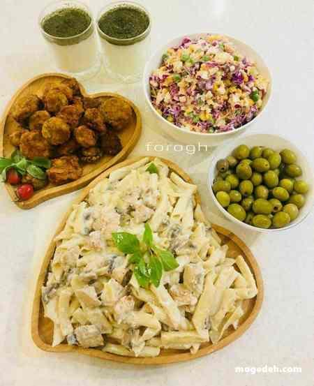 طرز تهیه پاستا مرغ و قارچ با سس آلفردو